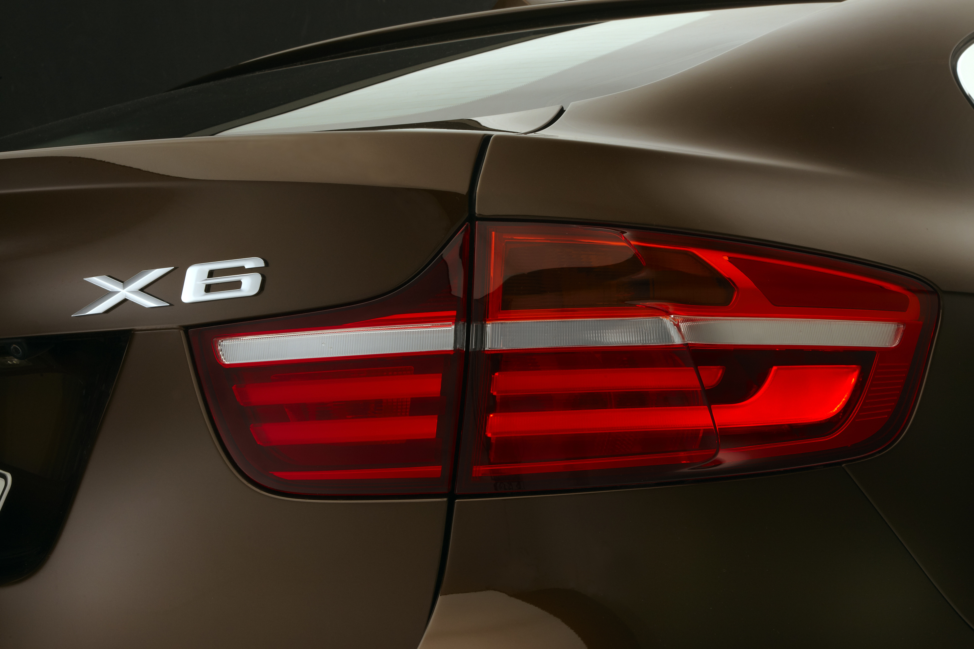 NEW BMW X6 2012