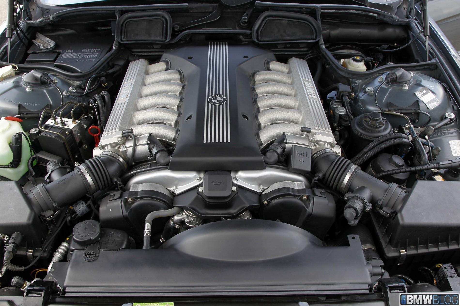 25 Jaar Bmw 12 Cilinder Motoren